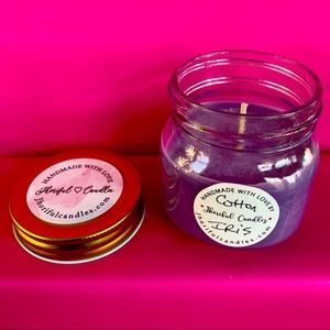 Cotton Iris Scented Soy Candle 8oz